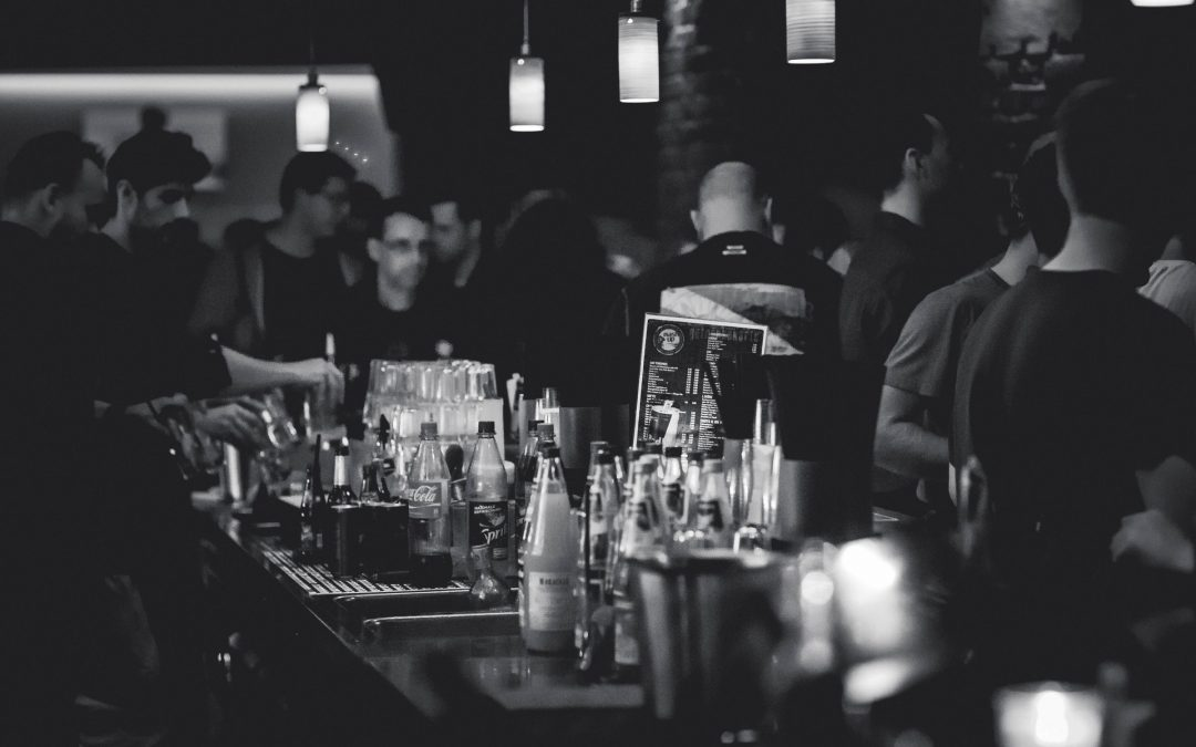 Social Growth Hacking And Cocktail Drinking